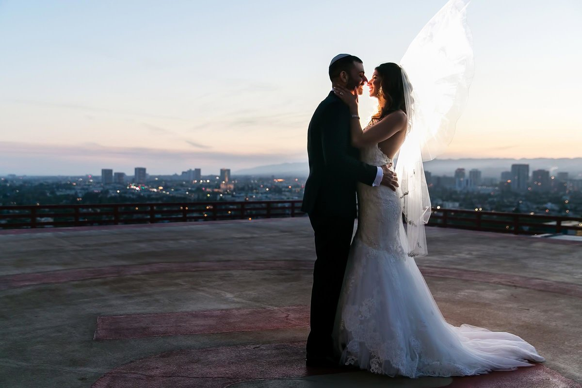 sunset couple portrait intercontinental century city rooftop los angeles wedding photographer