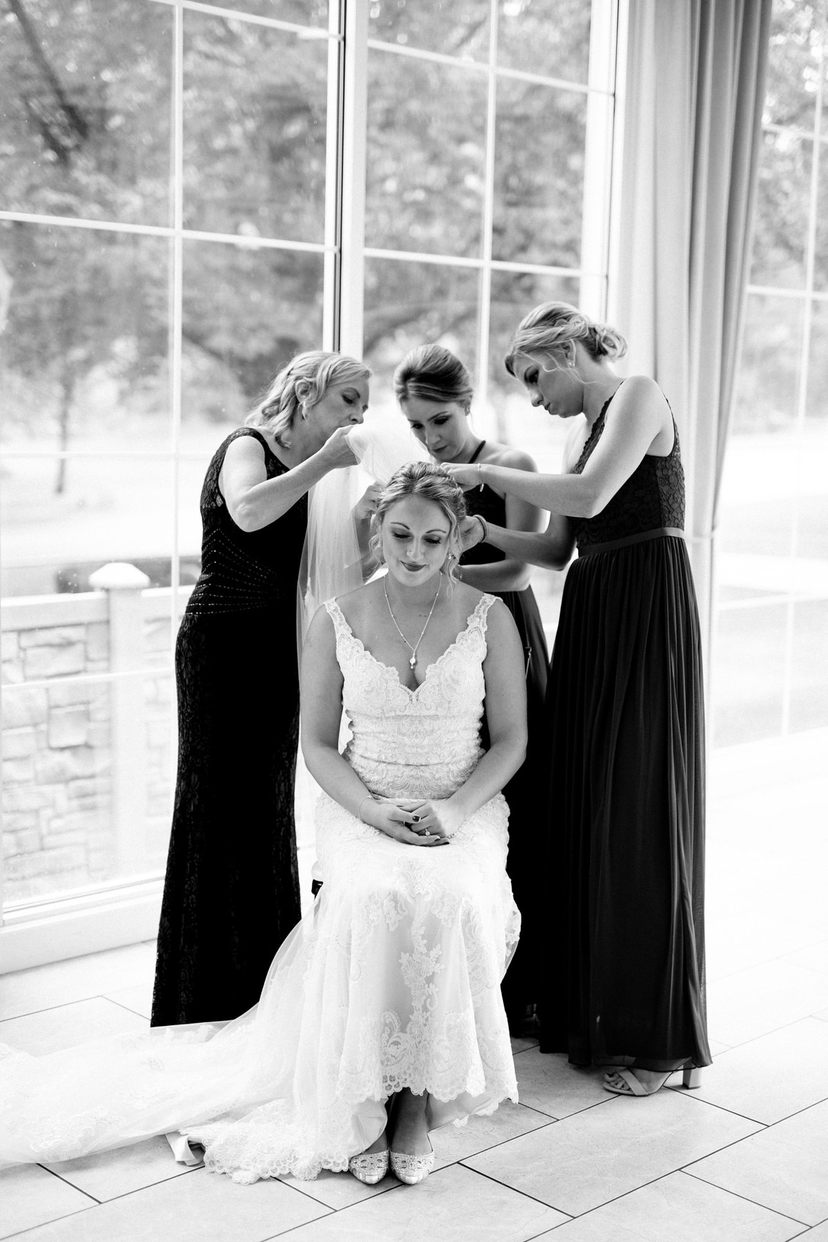 Jordan-Ben-Pine-Knob-Mansion-Clarkston-Michigan-Wedding-Breanne-Rochelle-Photography13