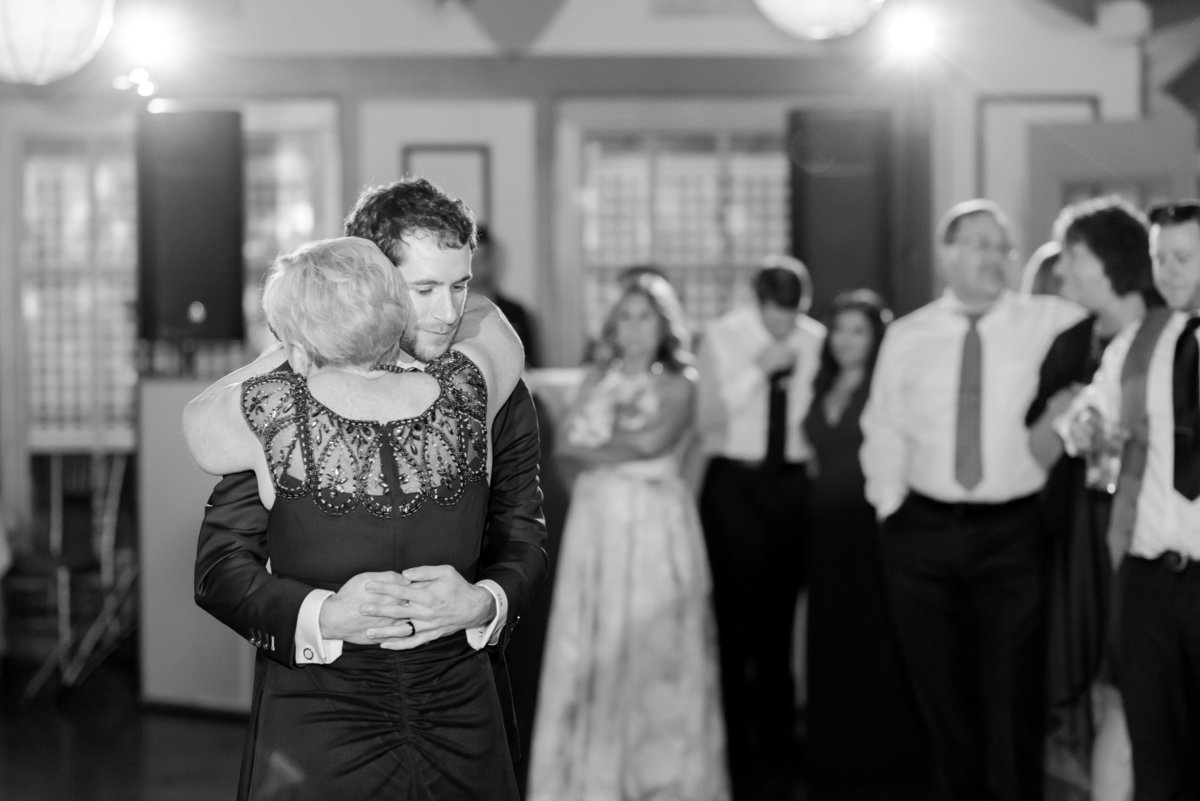 FEAST at Round Hill Wedding-Hudson Valley Wedding PhotographerDayra and Thomas Wedding 221976-33