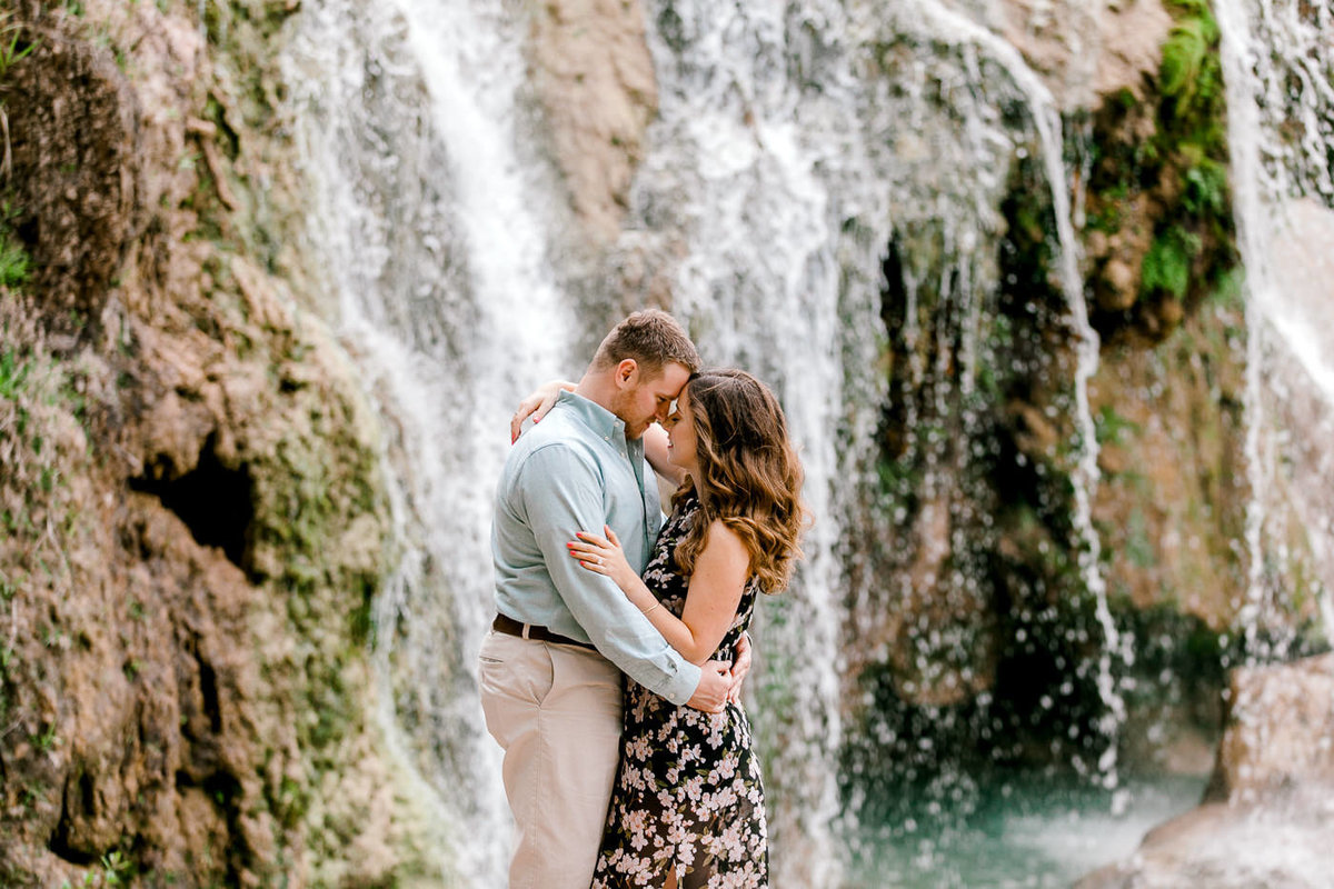 Turner-Falls-Oklahoma-Engagement-Session-by-Emily-Nicole-Photo-2-2