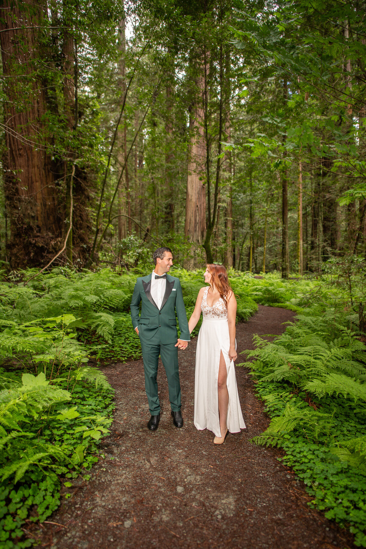 Avenue-of-the-Giants-Redwood-Forest-Elopement-Humboldt-County-Elopement-Photographer-Parky's Pics-8