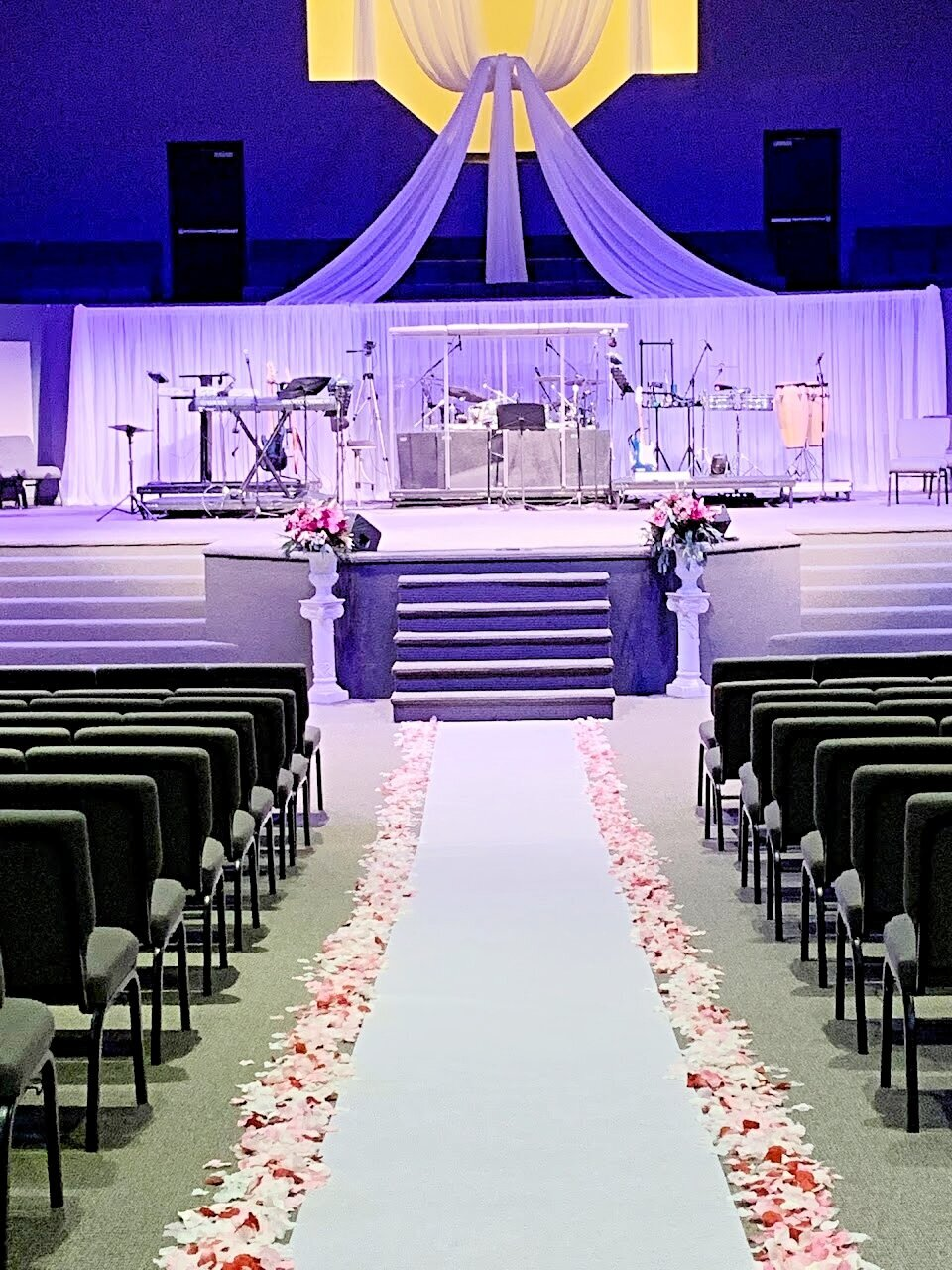 Stage-drapes-for-theater-professional-event