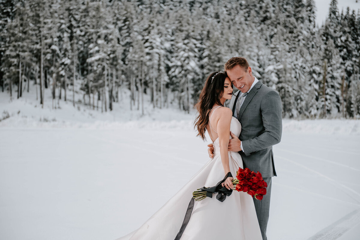 mt-bachelor-snow-winter-elopement-bend-oregon-wedding-photographer-2069