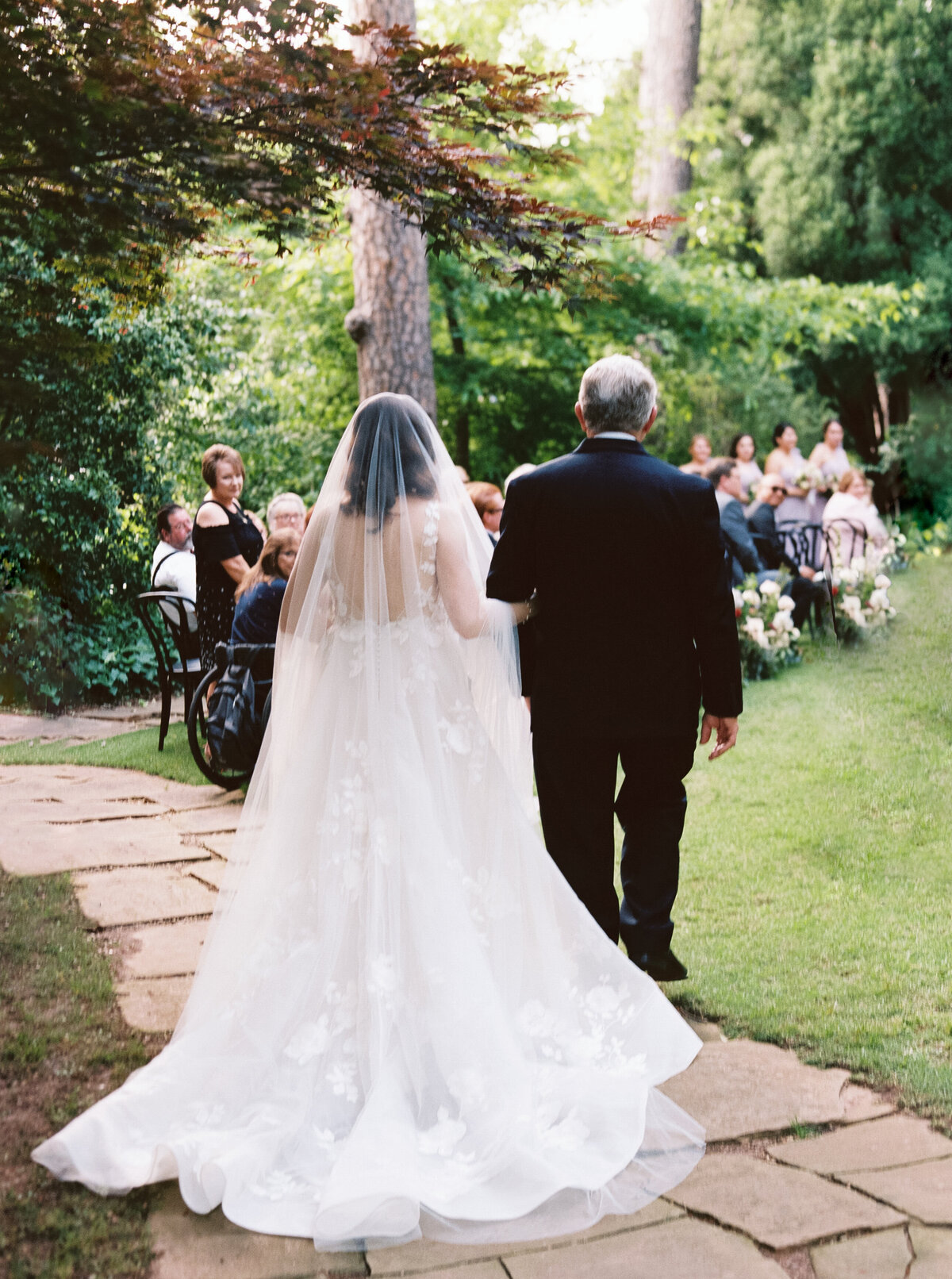 15_AOP_Krista+Pedro_Wedding_04