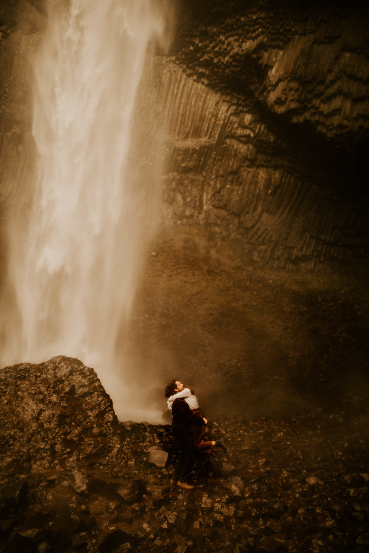 Latourell Falls | Kayla and Gus Adventurous Beloved Session | Portland, Oregon | Phoenix Wedding and Elopement Photographer141
