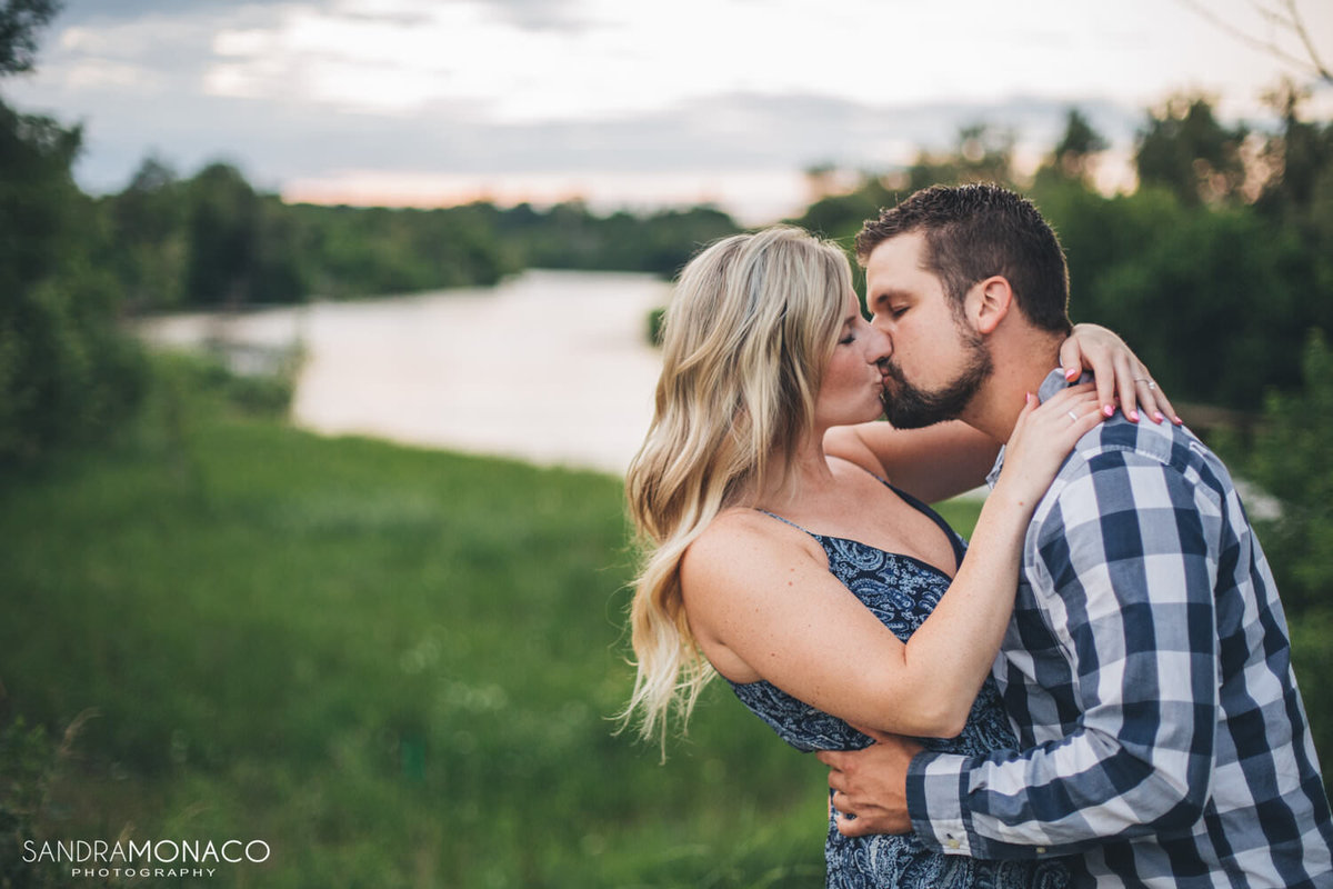 grand-river-kitchener-engagement-photography