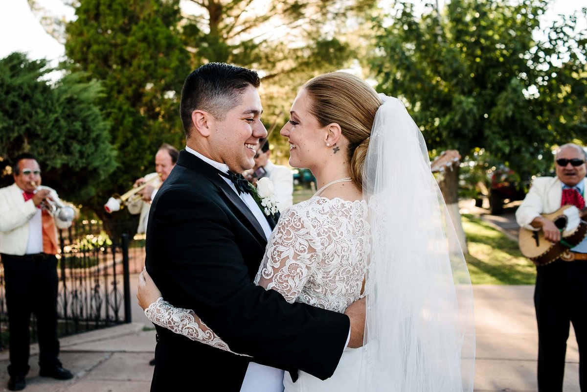 WEDDING AT HOTEL GADSDEN IN DOUGLAS ARIZONA-wedding-photography-stephane-lemaire_76
