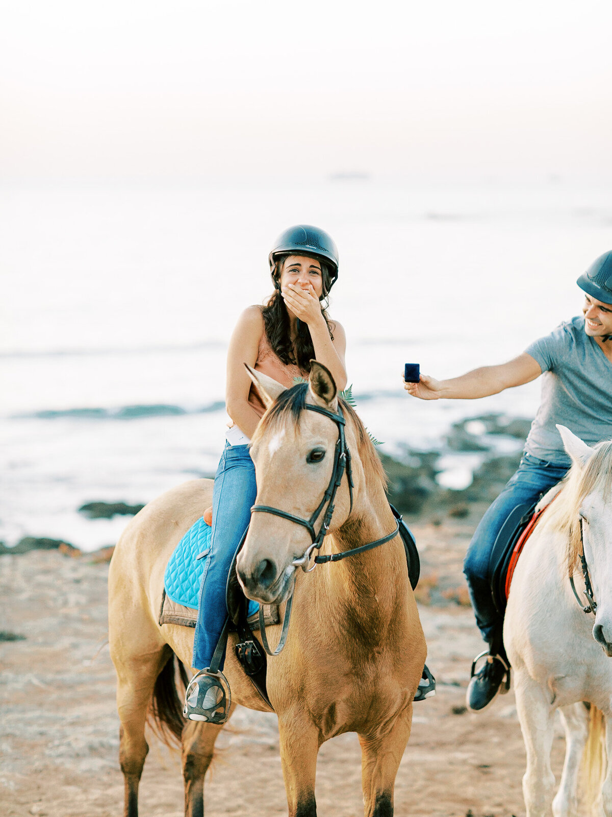 beach_horseback_riding_wedding_proposal-5