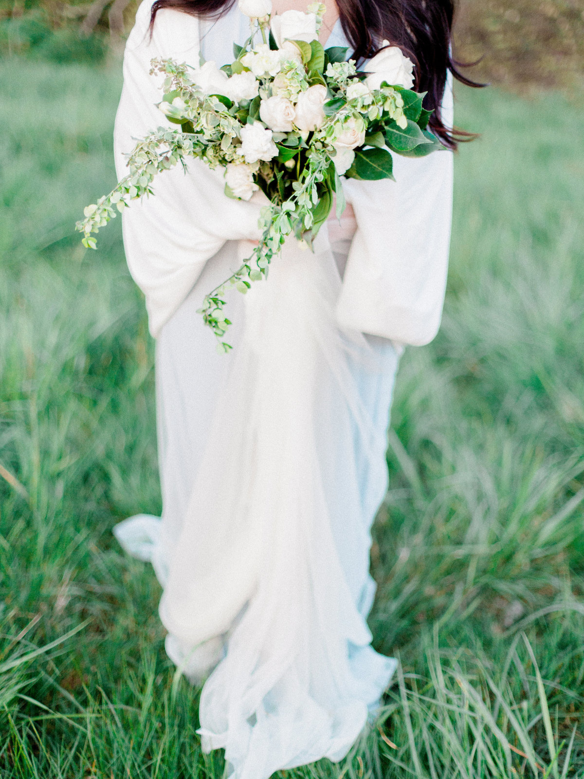 WHEN-SHE-KNEW-PHOTOGRAPHY-ADORN-MAGAZINE-ETHEREAL-BRIDAL-WEDDING-EDITORIAL-OREGON-25