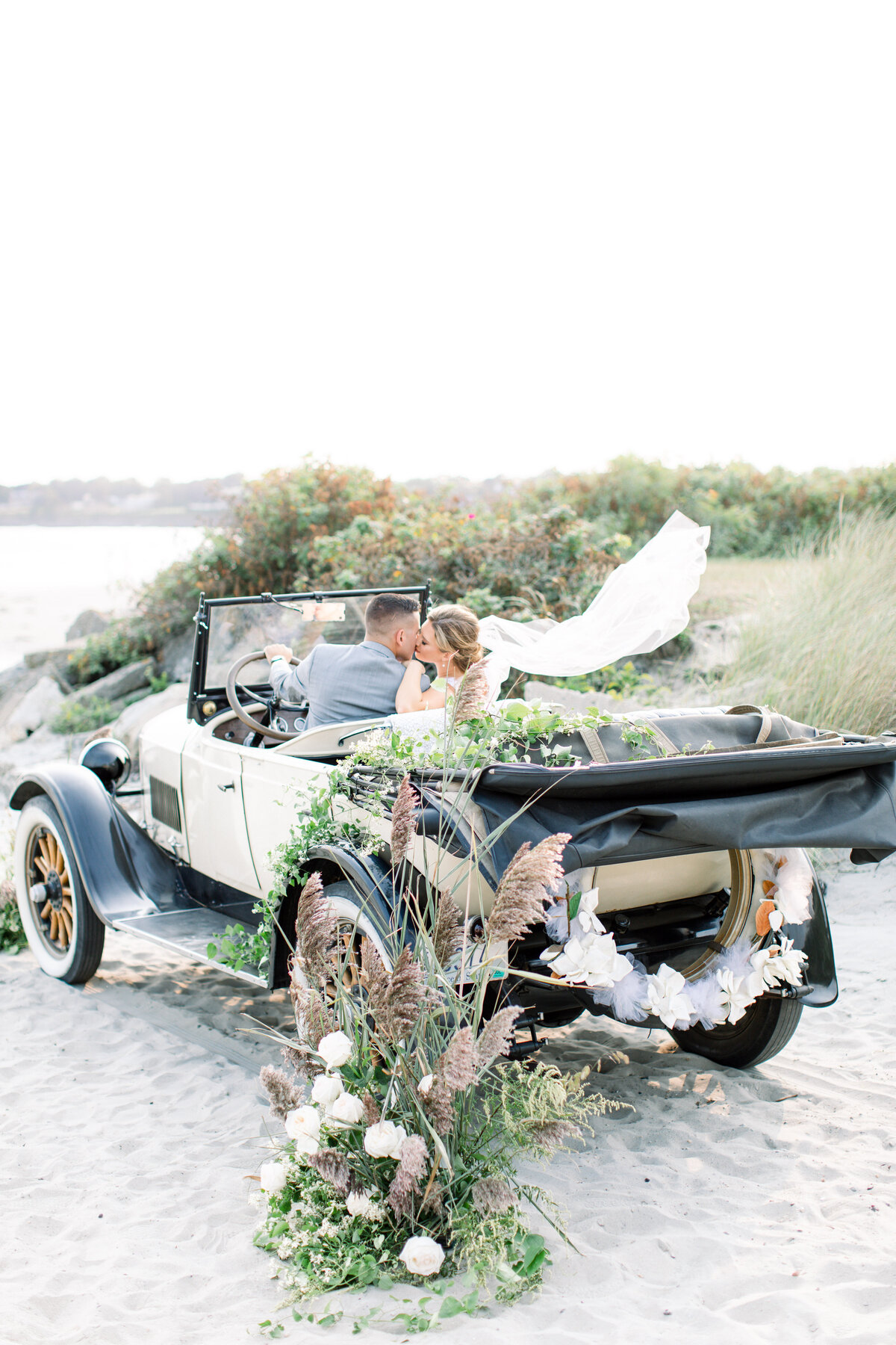 Newport-Beach-House-RI-Wedding-RI-Wedding-Planner- (240)