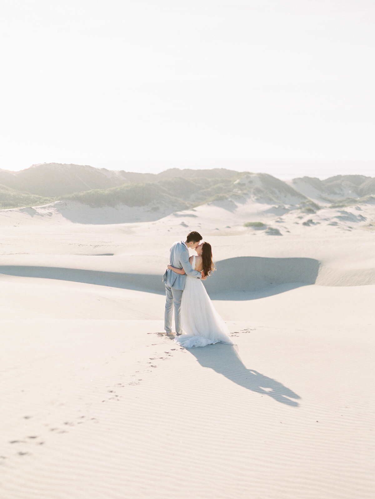 sand-dunes-engagement-session-2