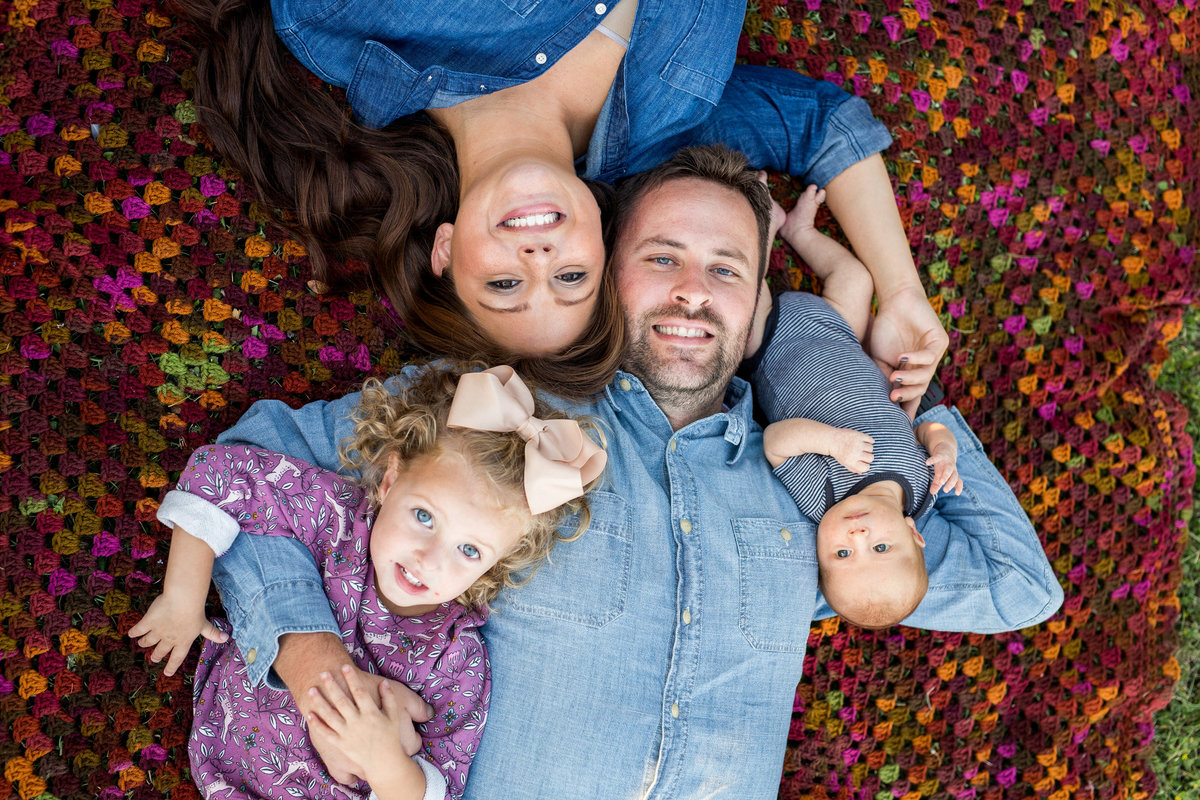 family portrait session in boerne texas by Photographer Expose The Heart photography