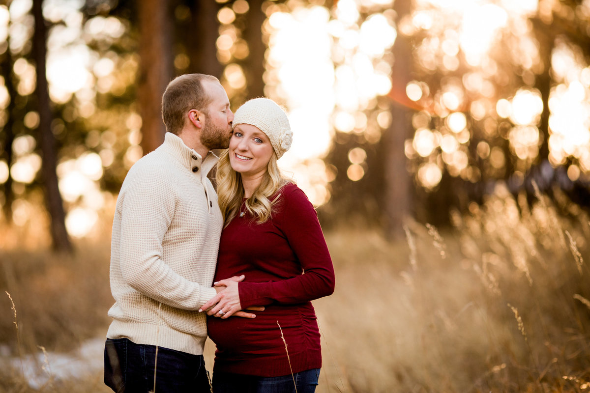colorado-winter-maternity-pictures