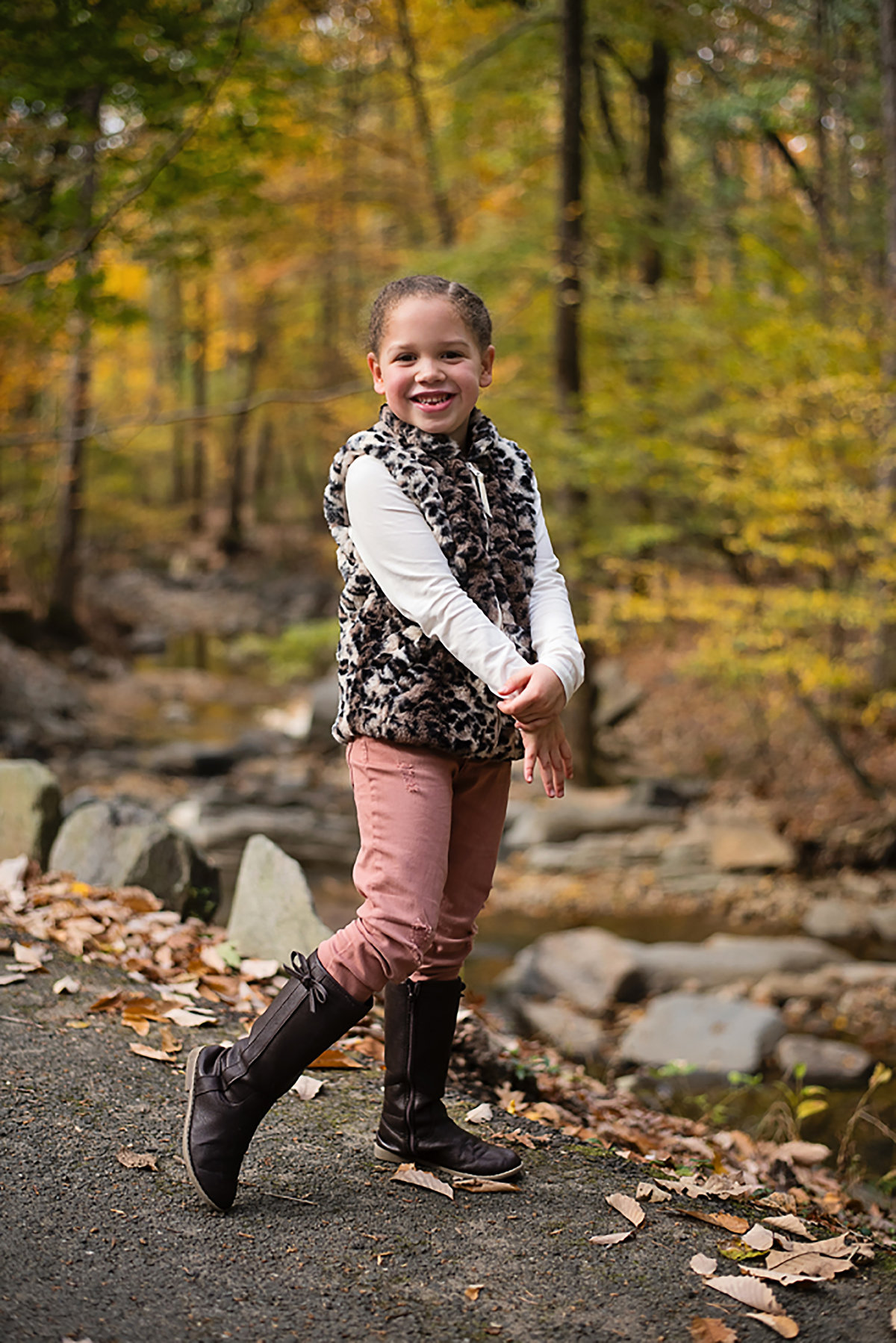 Gorgeous fall photo of happy child at Lubber Run Park in Arlington Virginia by Sarah Alice Photography (3)