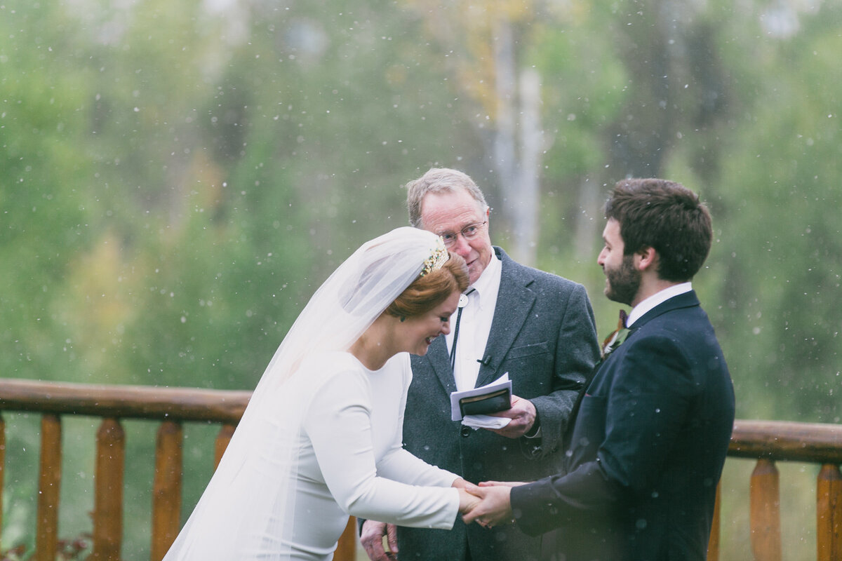 Jennifer_Mooney_Photography_Abbey_Stephen_Fall_Winter_Glacier_Park_Elopement-152