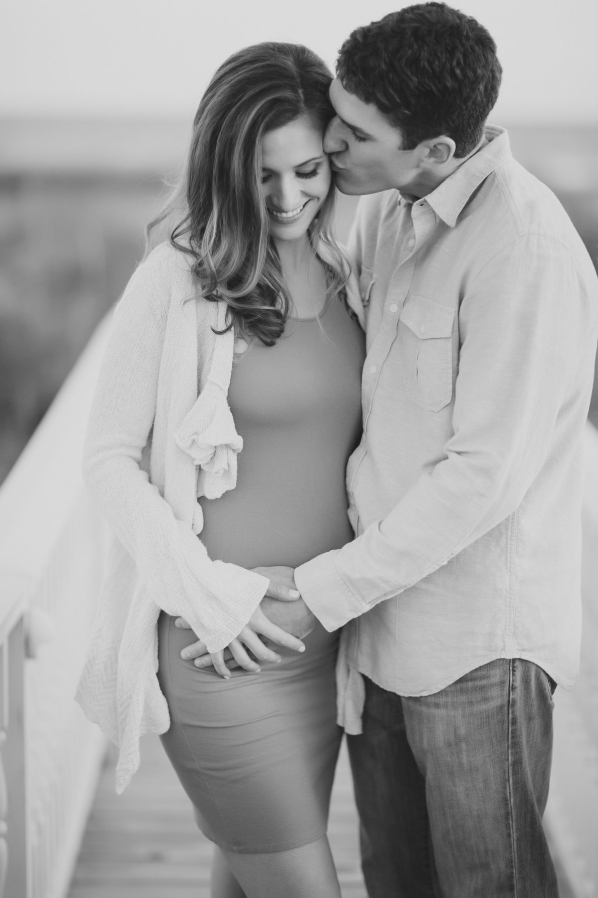 CharlestonMaternitySession_DestinationPortraitPhotography_CatherineRhodesPhotography-6