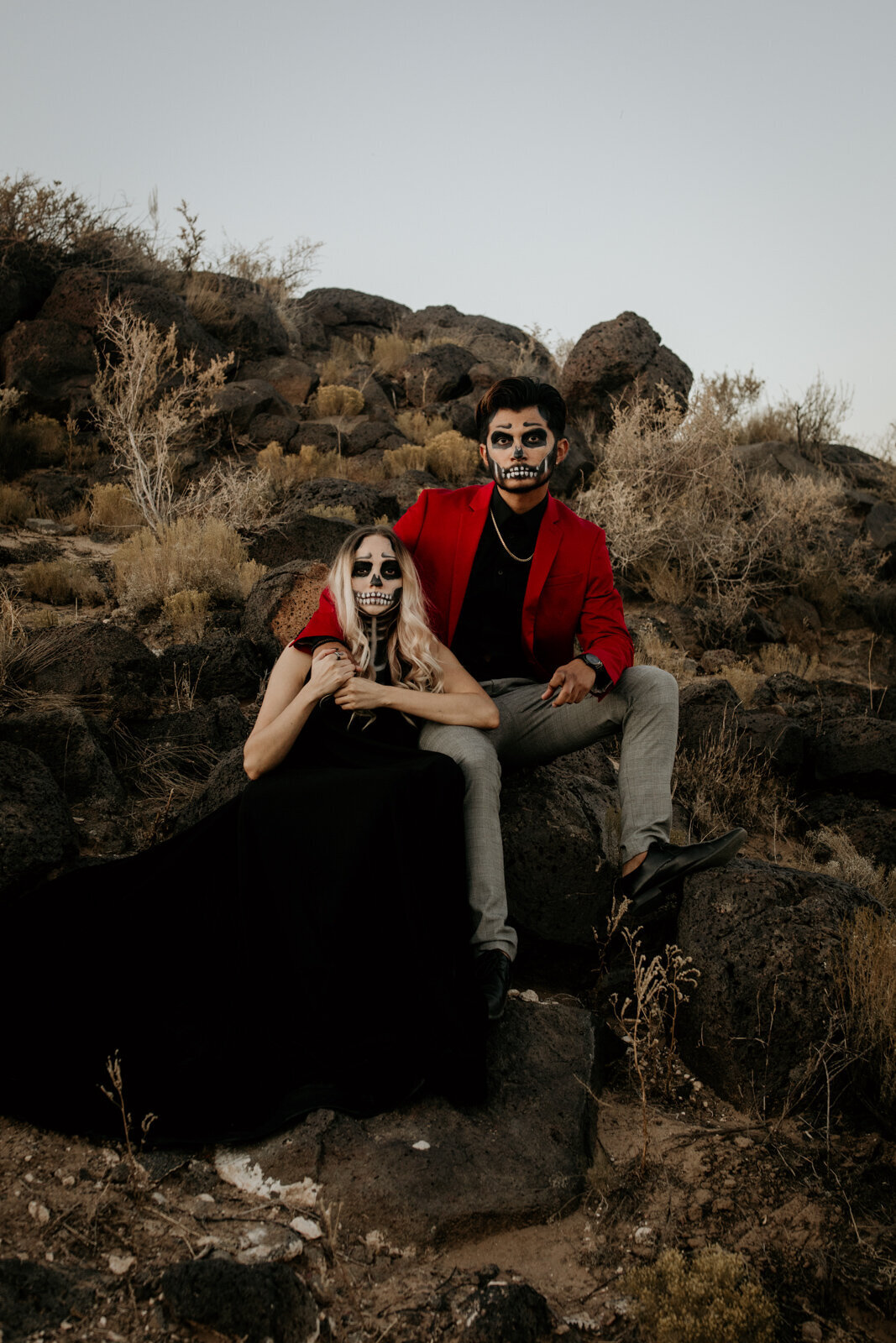 Halloween-Couples-Shoot-with-Spooky-Makeup-26