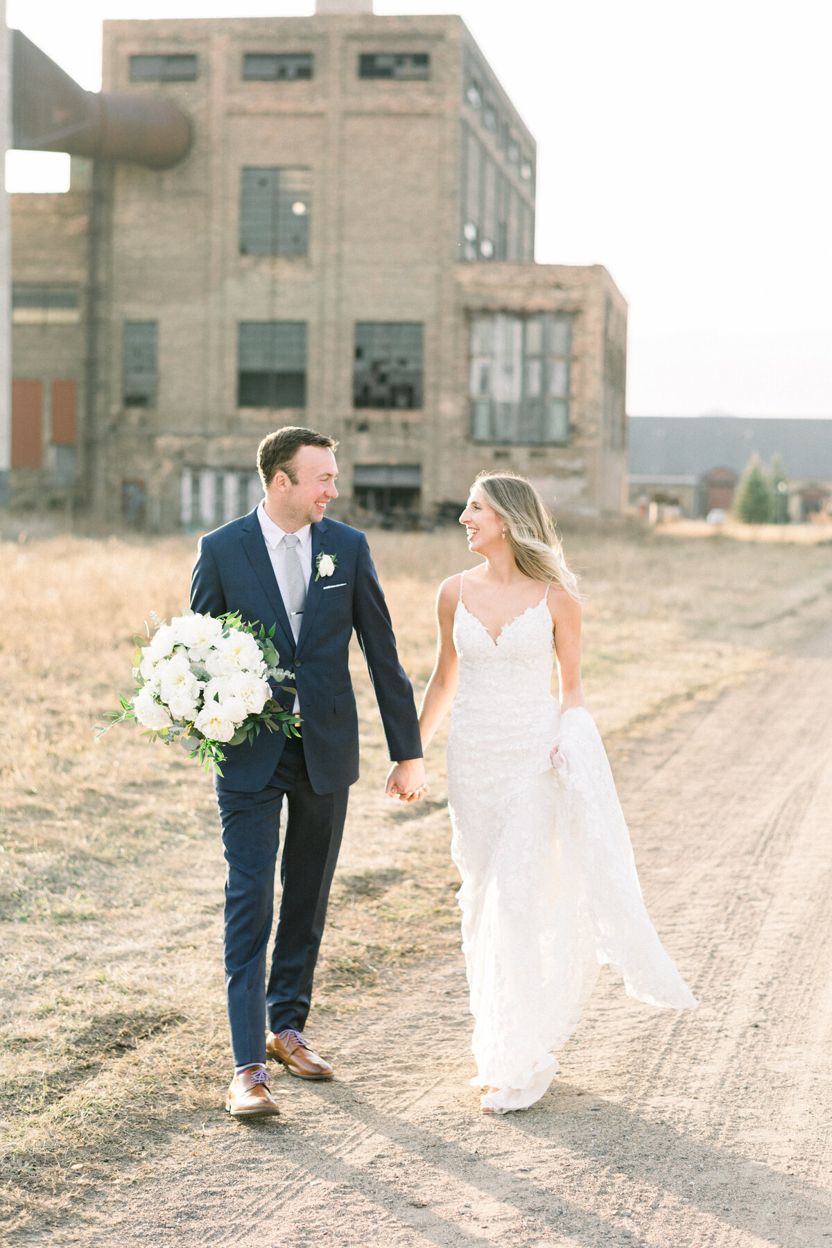 Blacksmith Main Photographer, Blacksmith Main Wedding photos, Brainerd wedding photographer, Minnesota wedding photographer, Minneapolis wedding photographer, MN fine art photographer