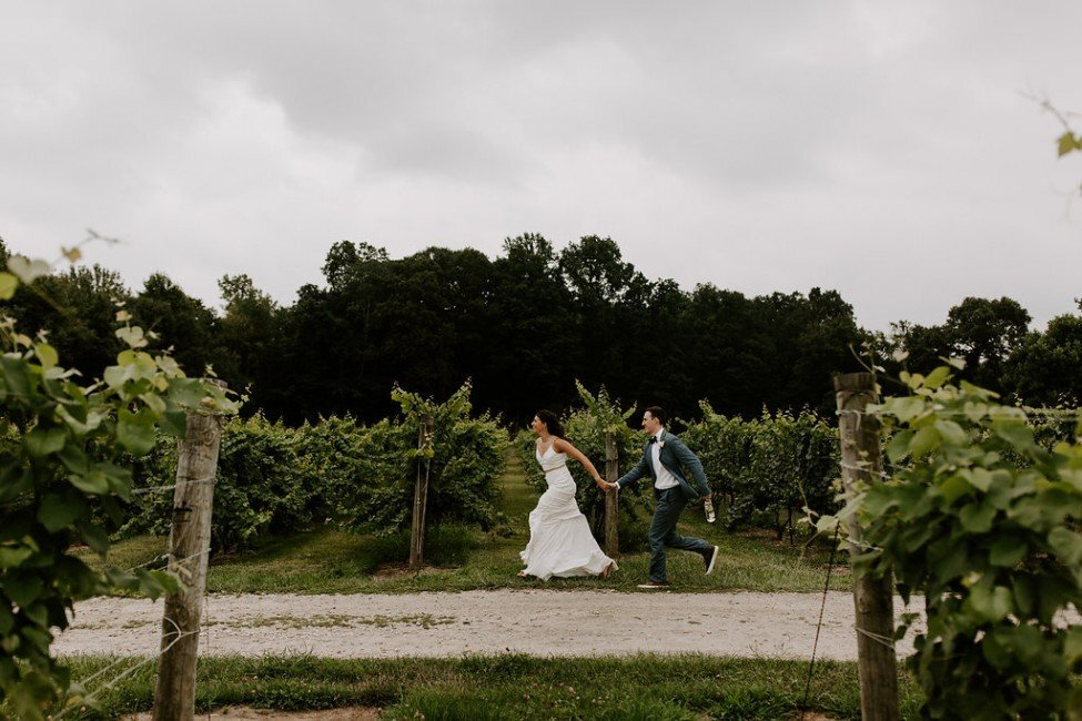 ct-wedding-planner-chamard-vineyards-wedding-20-975x650