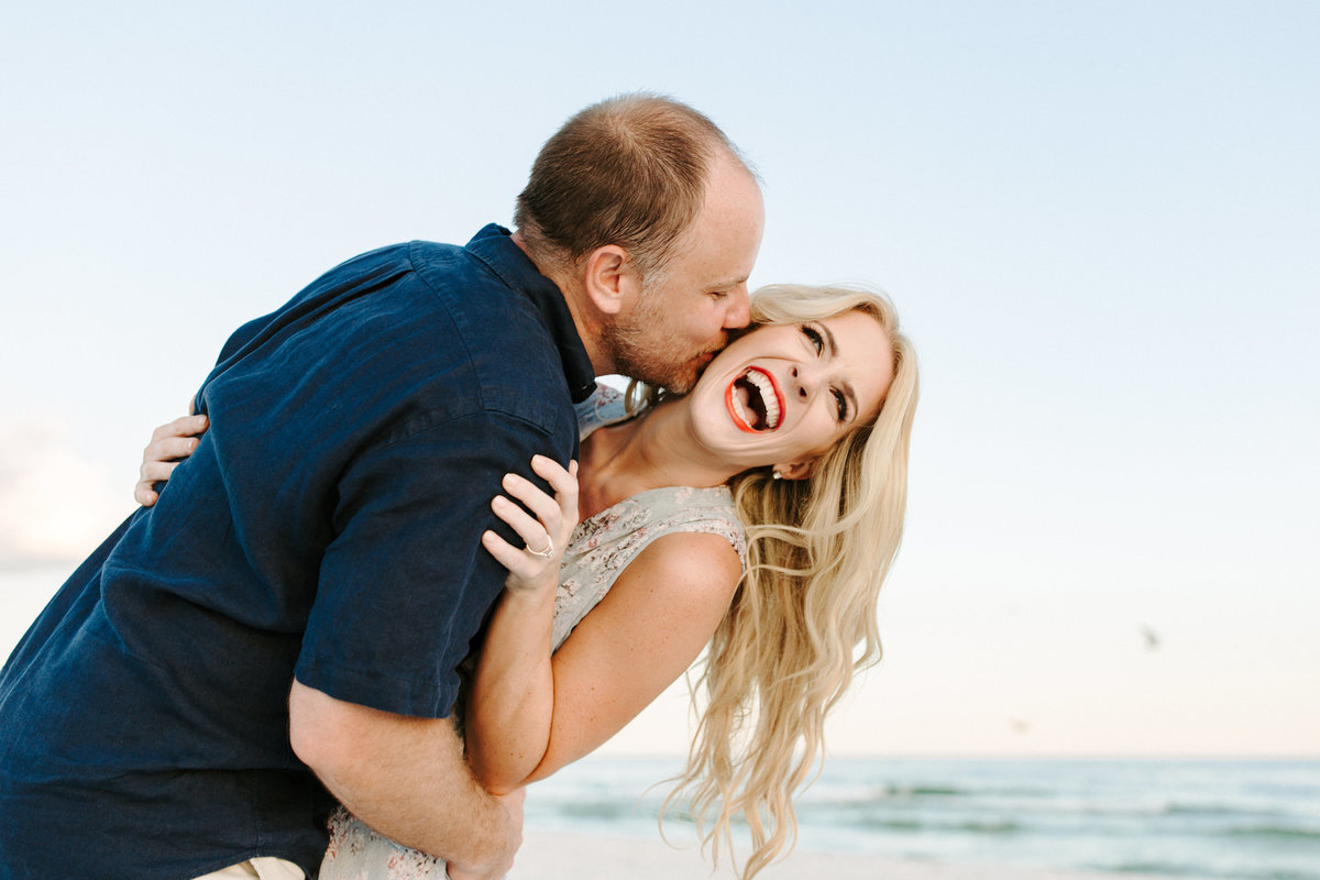 fort-pickens-engagement-session-b-and-w-53-2
