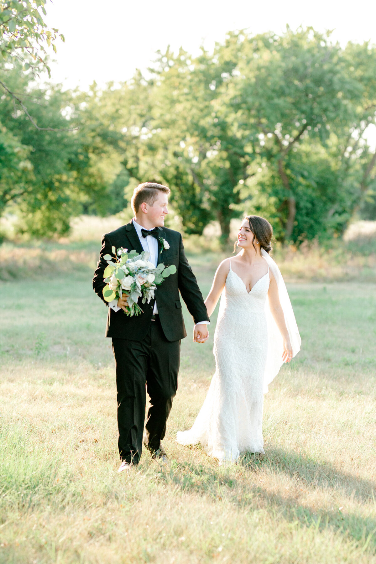 Anna & Billy's Wedding at The Nest at Ruth Farms | Dallas Wedding Photographer | Sami Kathryn Photography-171