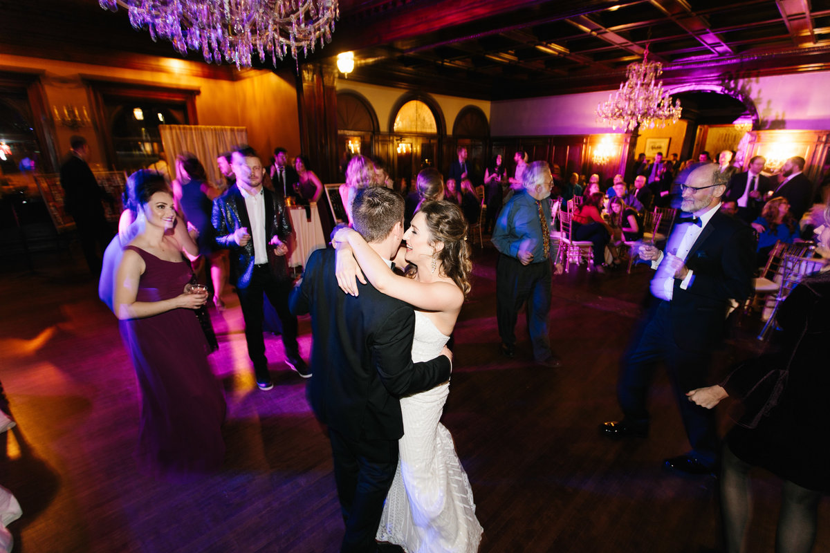 semple-mansion-february-winter-minneapolis-wedding-54