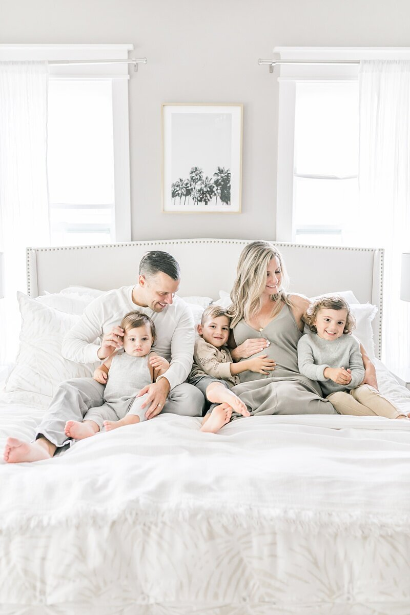 Mount-Pleasant-Maternity-Session-In-Home-Lifestyle_0010