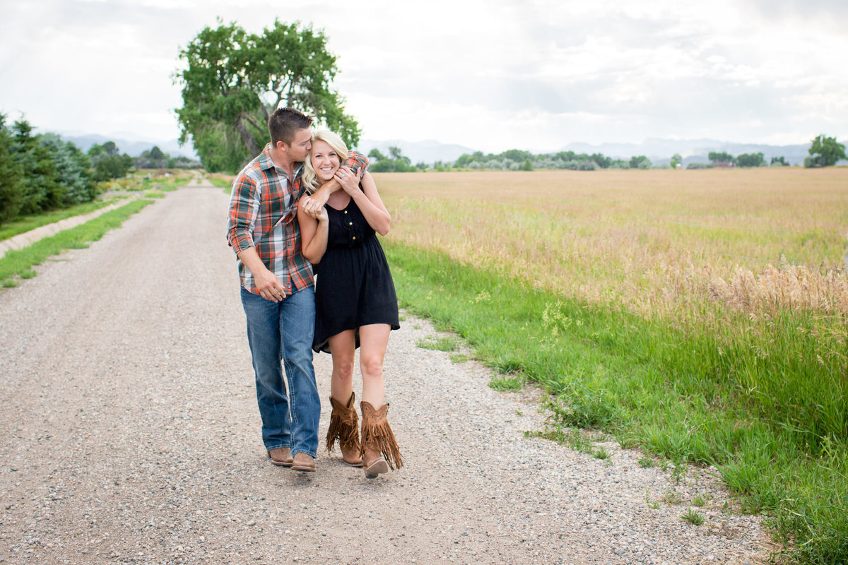 country-road-engagement-photos