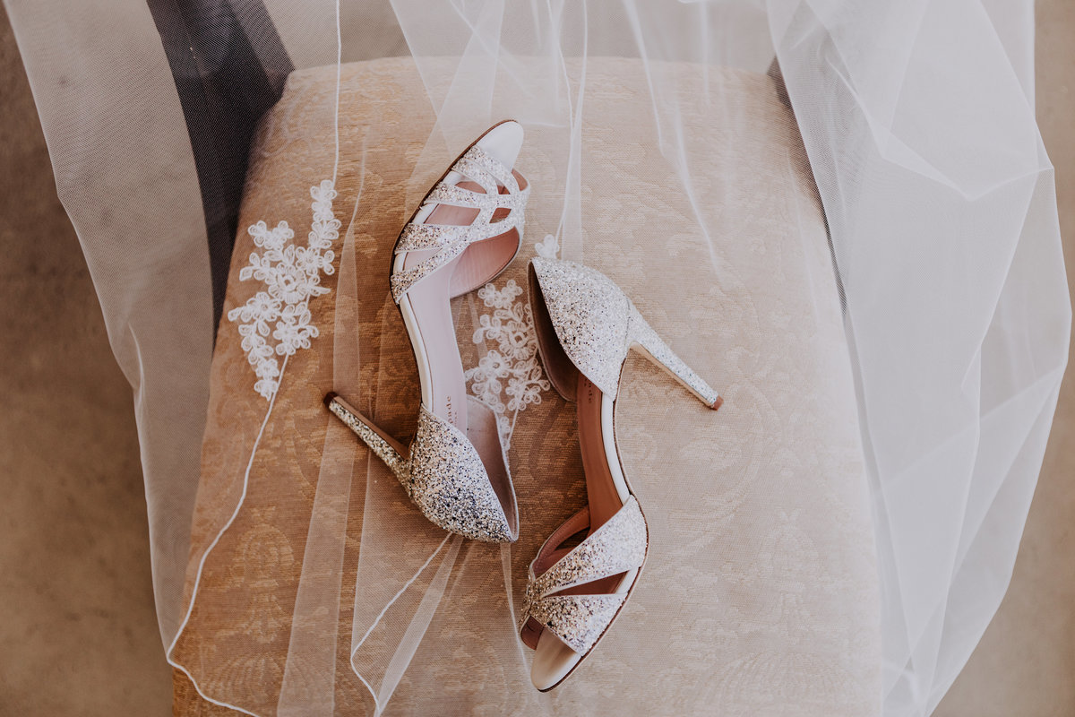tahoe wedding photographers bride's veil and shoes