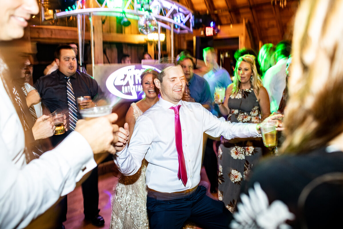 dance-floor-photo-wedding