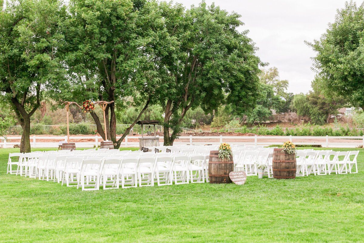 Kelli-Bee-Photography-Gallery-Farm-Southern-CA-Norco-Rustic-Wedding-Luxury-Lifestyle-Photographer-Lauren-Ben-0027