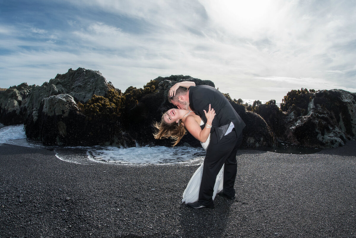 Redway-California-elopement-photographer-Parky's-Pics-Photography-Shelter-Cove-Callifornia-adventure-elopement-beach-Black-Sands-Beach-4.jpg