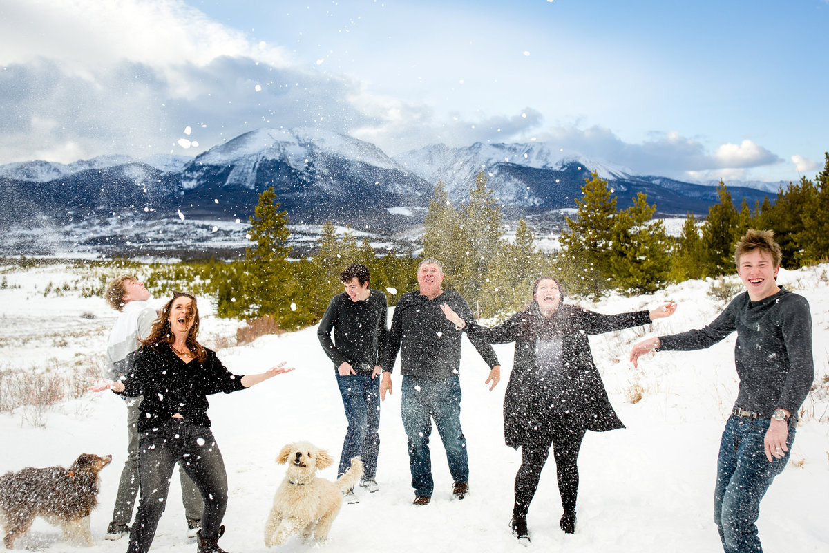 snowy-breckenridge-family-photos