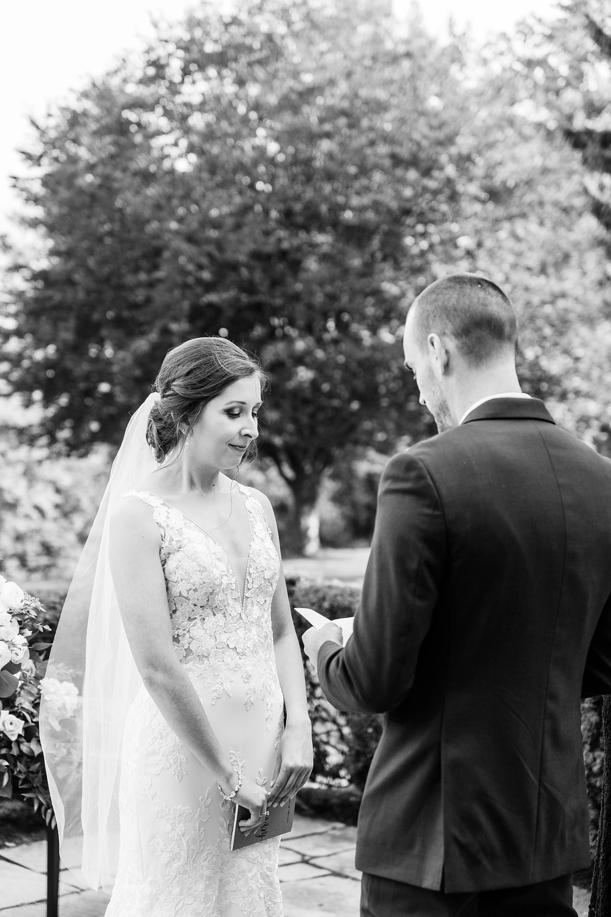 Romantic Windermere Manor Wedding | Dylan and Sandra Photography 046