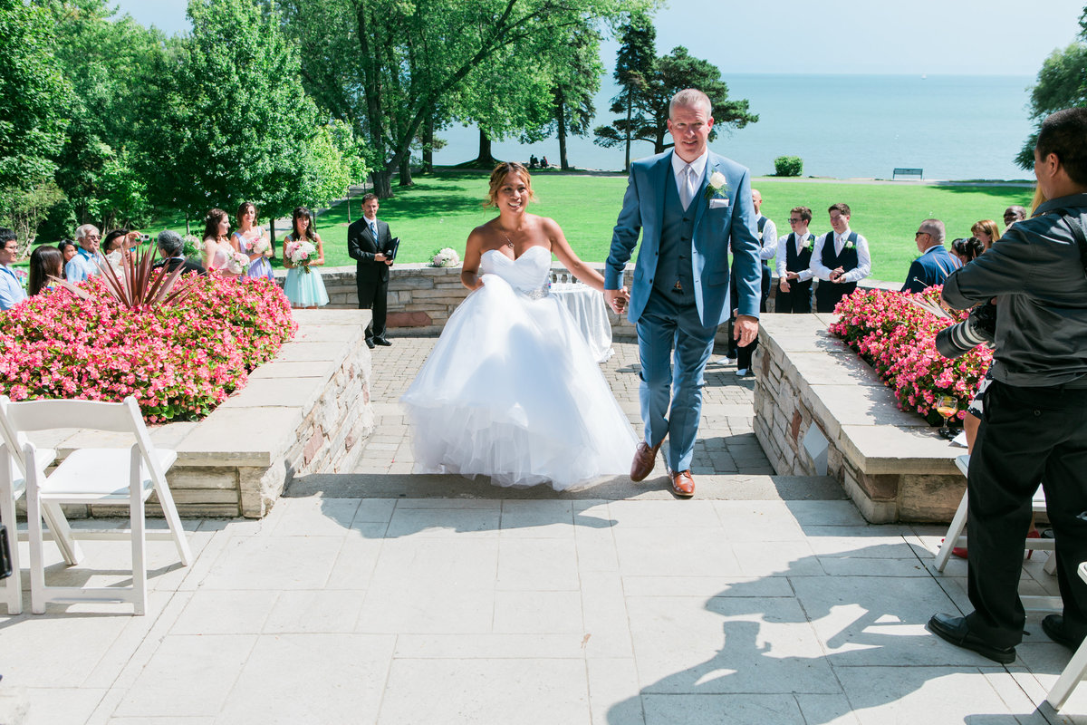 Burlington-wedding-photographer-paletta-mansion-bride-and-groom-leaving-ceremony