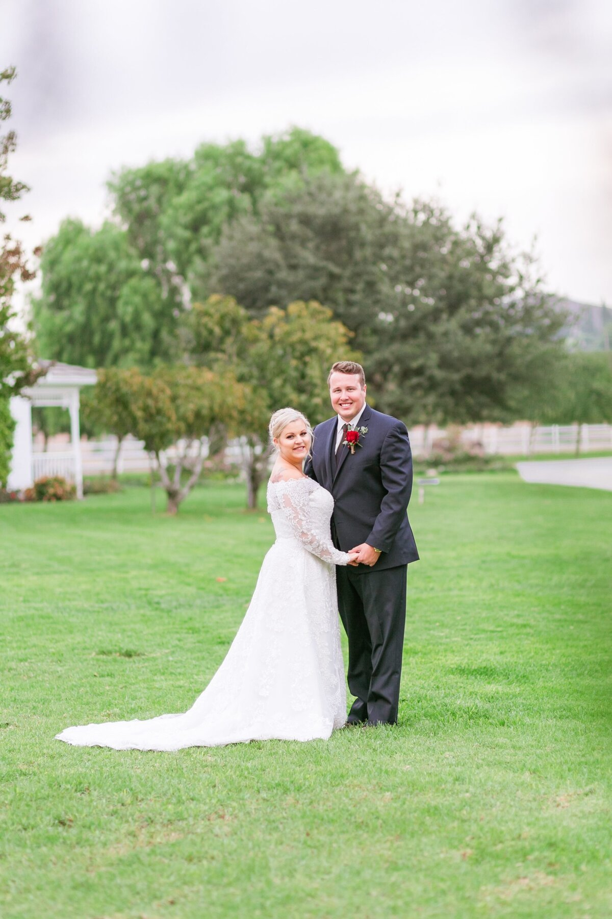 Kelli-Bee-Photography-Gallery-Farm-Southern-CA-Norco-Rustic-Wedding-Luxury-Lifestyle-Photographer-Lauren-Ben-0047