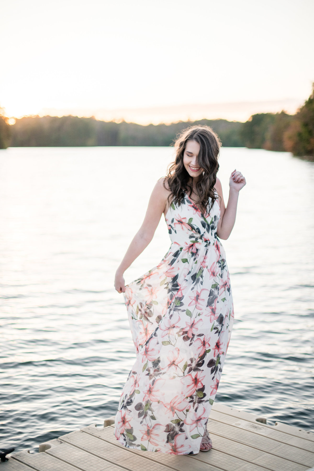 lake-senior-photo-shoot-107