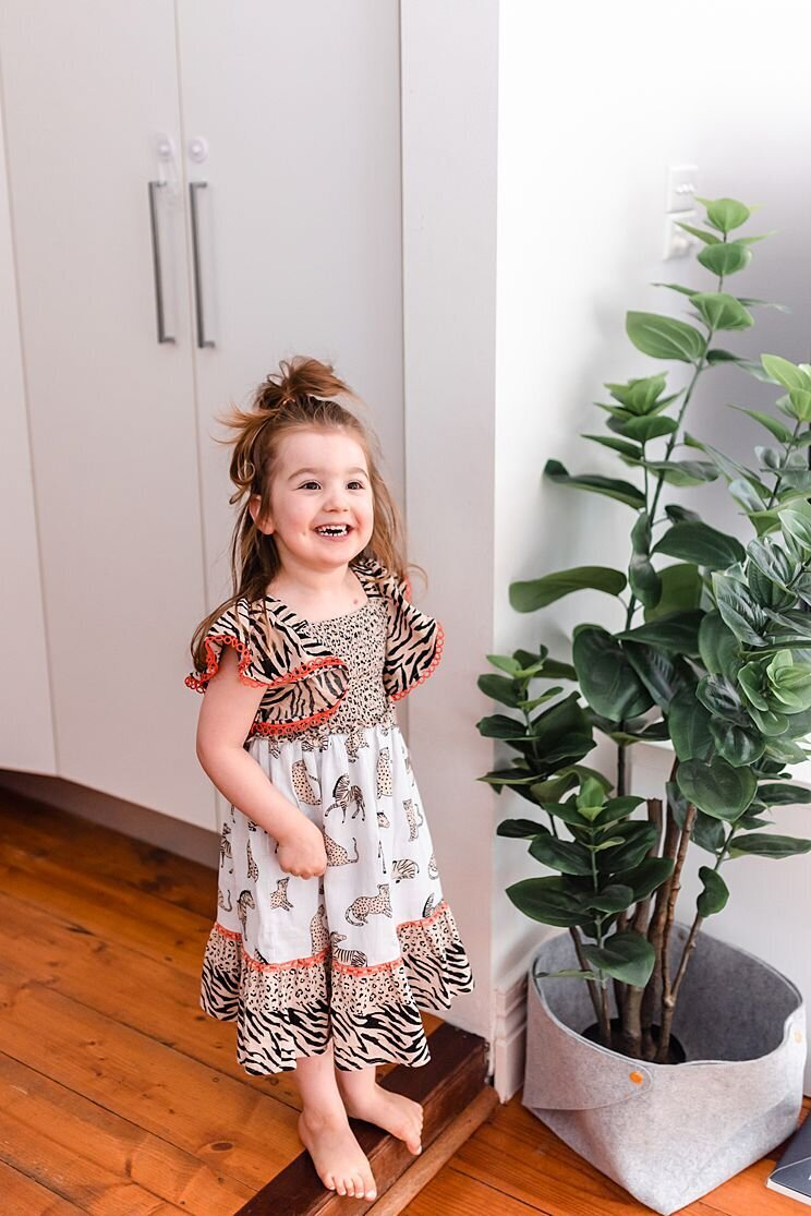 Family-Photographer-Melbourne-calm-grace-in-home-session-500