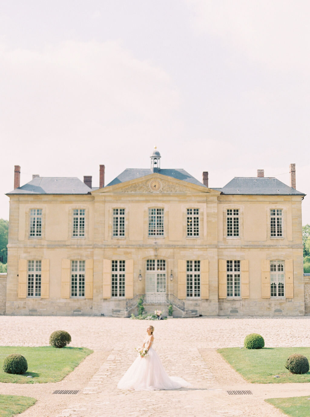 Chateau-de-Villette-wedding-Floraison22