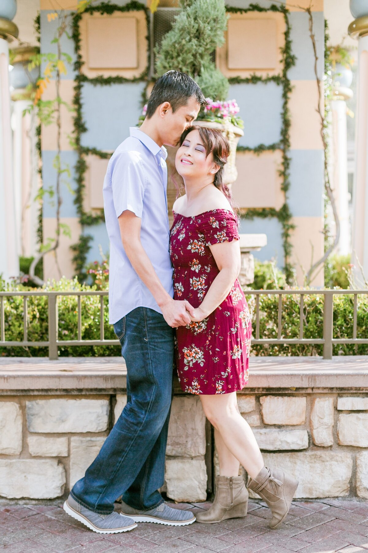 Disneyland-Engagement-Session-0001