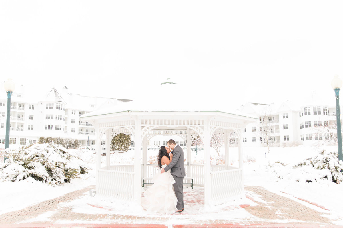 winter-wedding-wisconsin-katie-schubert-wisconsin-wedding-photographer-59