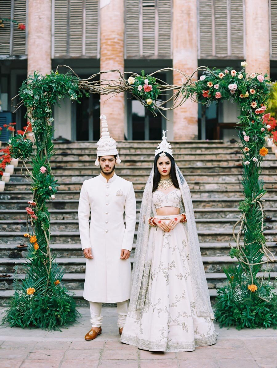 Sabyasachi Modern White Mukut Hindu Wedding Ceremony Indian Wedding Photographer Bonnie Sen Photography