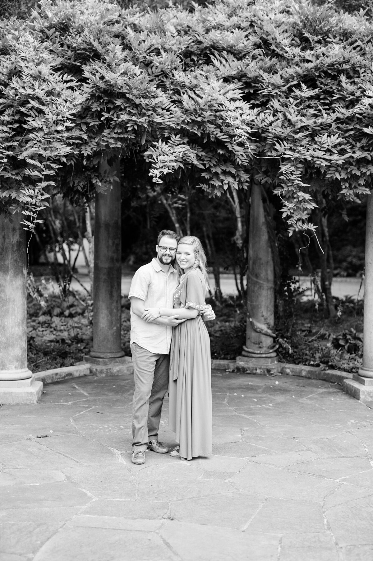 cator-woolford-gardens-engagement-wedding-photographer-laura-barnes-photo-shackelford-32