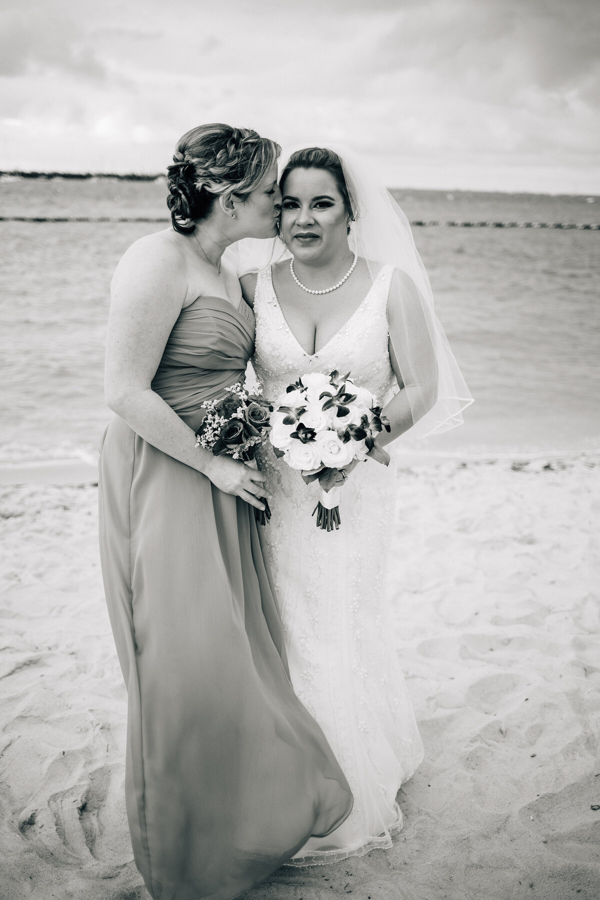 Kimberly_Hoyle_Photography_Bachman_Pier_House_Key_West_Wedding-29