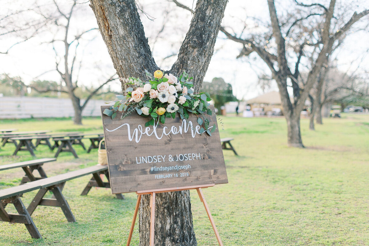 Farm-South-Mountain-Outdoor-Wedding-Mesa-Gilbert-Arizona--13