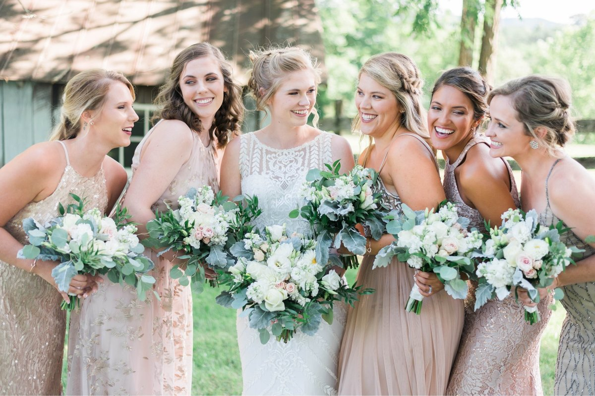 SorellaFarms_VirginiaWeddingPhotographer_BarnWedding_Lynchburgweddingphotographer_DanielleTyler+16(1)