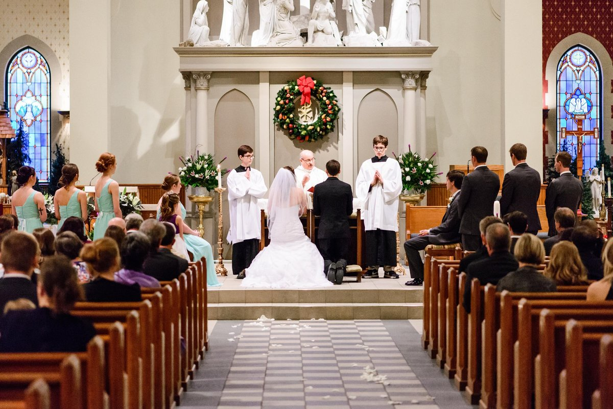 Bride and Groom married in St. Louis Missouri Church