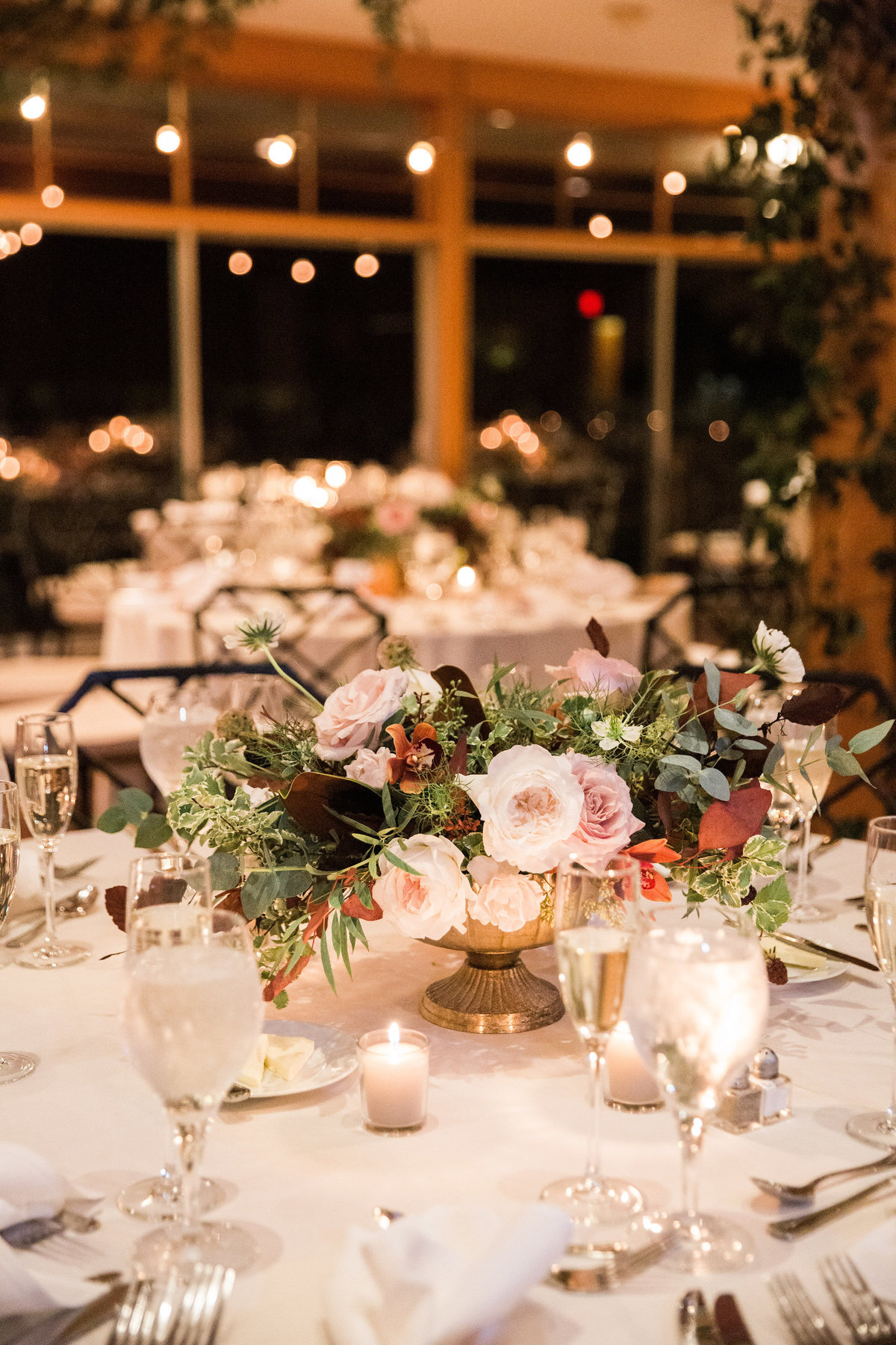 centerpiece Winterthur wedding A Styled Fete florist