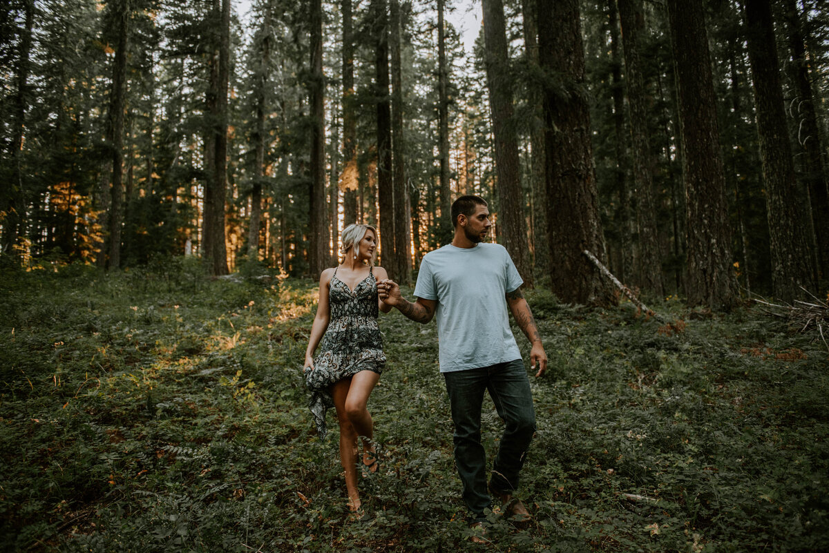 sahalie-falls-oregon-engagement-elopement-photographer-central-waterfall-bend-forest-old-growth-7059
