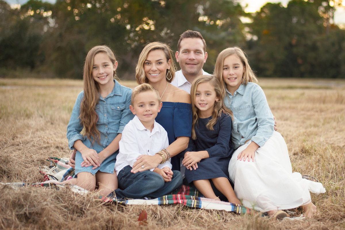 family of 6 fall session in Spring, Tx